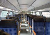 Kunststoffe in Schienenfahrzeugen müssen hohe Anforderungen an den Brandschutz erfüllen. Bis 2018 sind die Vorgaben der eurpäischen Bahnnorm DIN EN 45545-2 umzusetzen. (Bildquelle: Maexx/pixelio)