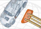 Anspritzen von Lautsprechergittern für PKW-Türverkleidungen mit der schlanken Heißkanaldüse. (Bildquelle: Incoe)