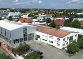 Firmensitz von Ettlinger Kunststoffmaschinen in Königsbrunn in der Nähe von Augsburg. (Bildquelle: Ettlinger Kunststoffmaschinen)