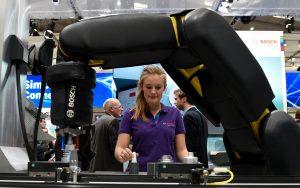 Innovationen zum Anfassen gibt es auch in diesem Jahr wieder auf der Hannover Messe, der weltweit größten Industriemesse. (Bildquelle: Deutsche Messe)
