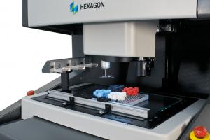 Aufgrund des modularen Systemaufbaus ist eine unkomplizierte Anpassung der Sensoren, Steuereinheiten, PC- und Messsoftware an individuelle Anforderungen möglich. (Bildquelle: Hexagon)