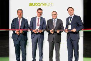 Autoneum_Eröffnung_Werk Komarom Ungarn_Holzammer Meier Hirzel Csicsai