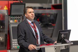 Ewikon-Geschäftsführer Stefan Eimecke kündigte auf dem 17. Heißkanal-Forum unter anderem den Einstieg des Frankenberger Unternehmens in die Kaltkanaltechnik an. (Bildquelle: Ewikon)