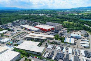 Der Hauptsitz der Graf-Gruppe in Teningen, Baden-Württemberg. Weltweit beschäftigt der Kunststoffverarbeiter mehr als 500 Mitarbeiter und erzielte im vergangenen Geschäftsjahr einen Umsatz von 105 Millionen EUR. (Bildquelle: Otto Graf)