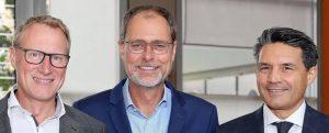 Euromap-Präsident Luciano Anceschi (r.) und sein Stellvertreter Michael Baumeister (l.); in der Mitte der Generalsekretär des Verbands,Thorsten Kühmann. (Bildquelle: Euromap)