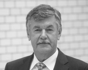Der neue GKV-Präsident Roland Roth verfügt über langjährige Führungserfahrung in der Kunststoff verarbeitenden Industrie und den Verbänden der Branche (Quelle: Semmer/GKV)