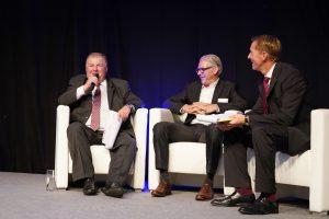 Diskussionsrunde mit Vertretern der Rohstoffseite – (links) Anton Wolfsberger, Borealis, (Mitte) Alexander van Veen, Braskem