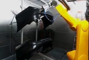 (Bildquelle: alle Ecoclean)   (Ecoclean_EcoCsteam_2)  Die Dampfreinigung erfolgt üblicherweise in ein bis drei Prozessschritten, was im Vergleich zu herkömmlichen Systemen Reinigungszyklen verkürzt und damit die Produktivität verbessert.