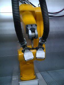 Die Reinigungswirkung basiert auf dem Zusammenspiel von Dampf, Hochgeschwindigkeitsluftstrom und neuartigen Düsenkonzepten.