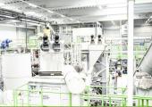 Folienveredelung Hamburg (FVH) mit Sitz in Schwerin betreibt eine Kunststoff-Recyclinganlage, mit der sich besonders hohe Qualitäten von LD-Polyethylen herstellen lassen. (Bildquelle: FVH Folienveredelung Hamburg)