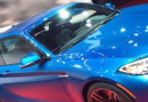 Bild 3: Die Automobilindustrie war ein Vorreiter beim Einsatz von Effektlackierungen und stand somit zuerst vor dem Problem, dass herkömmliche Spektralphotometer feinere Farbnuancen und optische Unterschiede nicht erkennen konnten. (Bildquelle: X-Rite)
