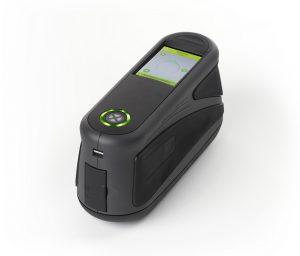 Tragbarer Mehrwinkel-Spektralfotometer aus der Baureihe MA-T6/MA-T12 für die Charakterisierung von Effektlackierungen. (Bildquelle: X-Rite)