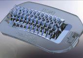 Mit ihrer komplexen Struktur stellen die LED-Scheinwerferlinsen aus Silikon besonders hohe Qualitätsanforderungen an den Spritzgießprozess. (Bildquelle: ACH-Solution)