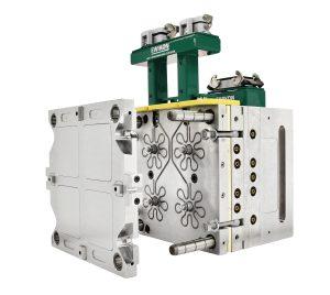 Das Verteilersystem mit vollbalancierter und eckenfreier Kanalführung ermöglicht schnelle Farbwechsel und kann für eine schnelle Reinigung leicht demontiert und geöffnet werden. Bildquelle: Ewikon