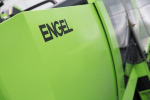 Spritzgießmaschine für die Verarbeitung von amorphen Metallen (Bildquelle: Engel)