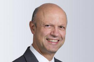 """""""Wir richten Krauss-Maffei konsequent an den Kundenbedürfnissen im Zeitalter der Digitalisierung aus"""", erklärte Dr. Frank Stieler, CEO der Krauss-Maffei-Gruppe. (Bildquelle: Krauss-Maffei)"""