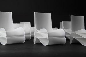 Drei Stuhltypen mit ähnlichen Grundformen wurden bereits entworfen. In einem Online-Konfigurator kann man den jeweiligen Stuhl individualisieren. (Bildquelle: FH Münster)