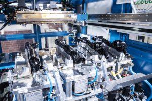 Bauteile für die Automobilindustrie erfordern extrem reinliche Produktionsprozesse, um die Sauberkeitsanforderungen zu erfüllen.