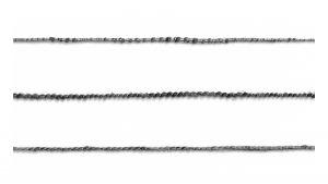 Drei unterschiedliche Garnstrukturen, die zum Flechten eingesetzt wurden.