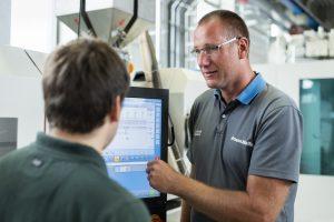 Die Nutzer von gemietete Maschinen erhalten den gleichen Serviceumfang wie die, die gekaufte Maschinen betreiben.