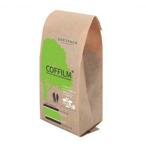 Grüne Verpackung für bestes Aroma: Die Kaffeeverpackung von Softpack ist biologisch abbaubar und bewahrt Aromen und Qualität von Kaffeebohnen. (Bildquelle: Softpack)