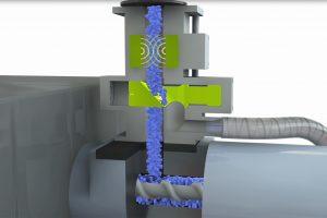 System zur direkten Installation über dem Materialeinlauf der Spritzgießmaschinen als Last-Chance-Kontrolle (Bildquelle: Sesotec)