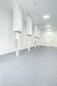 Um die Effizienz des Betriebs in Escholzmatt zu steigern wird empfohlen Prozesse und Anlagen bei der Planung in ein ganzheitliches Fabrikkonzept einzubetten. (Bildquelle: IE Plast)
