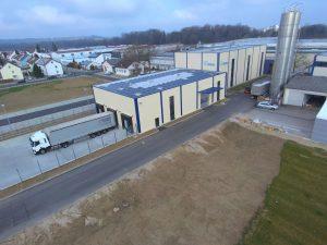Neue Versandhalle am Standort Illertissen (Bildquelle: alle Weiss)