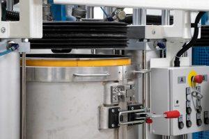 Das System arbeitet mit einem Vakuumspannfass, das wie eine Vakuumkammer funktioniert. Dadurch wird die Erzeugung eines sehr hohen Vakuums im Fass möglich. (Bildquelle: Tartler)