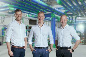 (vl.n.r.) Aquatherm-Geschäftsführer Christof, Maik und Dirk Rosenberg