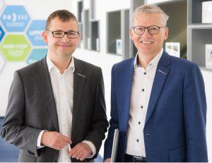 Manfred Hackl, Geschäftsführer und Horst Wolfsgruber, Finanzchef (rechts) beide Erema Group. (Bildquelle: Erema)