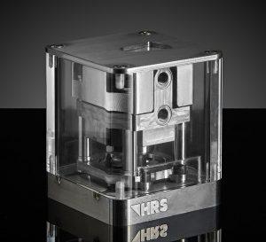 Beim Einsatz der neuenTechnologie in Heißkanalsystemen erübrigt sich eine separate Kühlung der Zylinder. (Bildquelle: HRS Flow)