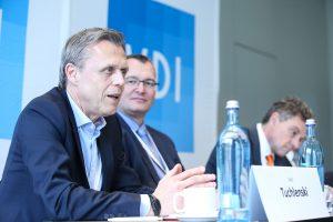 Dr. Axel Tuchlenski Leiter Produkt- und Anwendungsentwicklung, Lanxess Deutschland , Dormagen. Bildquelle: VDI Wissensforum)