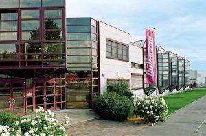 Firmengebäude der Wittmann Kunststoffgeräte in Wien. (Bildquelle: Wittamnn)