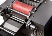 Der Stranggranulierer eignet sich insbesondere für die Verarbeitung hoch abrasiv wirkender, verstärkter Produkte. (Bildquelle: Coperion)