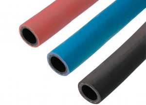 Durch die Verfügbarkeit in drei Farben können die Temperierleitungen übersichtlich angeordnet werden. (Bildquelle: Hasco)