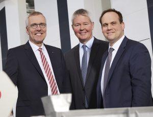 Der Vorstand von Windmöller & Hölscher: CEO Dr. Jürgen Vutz, CSO Peter Steinbeck, CTO Dr. Falco Paepenmüller (von links). (Bildquelle: W&H)