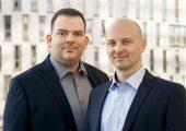 Konstantin Humm und Andreas Bastian (rechts), Geschäftsführer der Online-Plattform Plastship. (Bildquelle: Plastship)