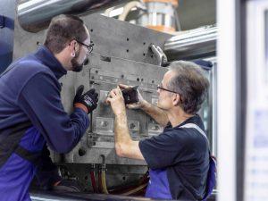 In der Produktion wird dauerhaft serienbegleitend nach Optimierungspotenzial gesucht, um noch wirtschaftlicher zu fertigen.