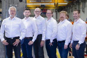 Das Team der Tochtergesellschaft der Haidlmaier Group. (Bildquelle: FDU Hotrunner)
