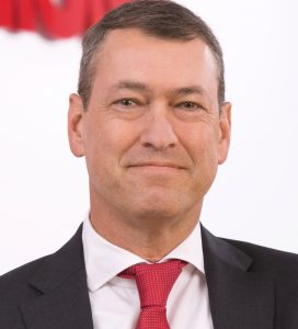 Michael Schmitz, CFO Simona, rückt ebenfalls in den Vorstand auf. (Bildquelle: Simona)