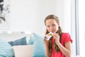 Die Erwartungen der Verbraucher an die Lebensmittelsicherheit von Verpackungen steigen und die Gesetzgeber verschärfen die Vorschriften, um diese zu gewährleisten. (Bildquelle: Henkel)
