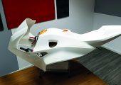 Motorradverkleidung, die in zwölf Einzelteilen gedruckt, mit Plasma behandelt und verklebt wurde. (Bildquelle: Relyon)