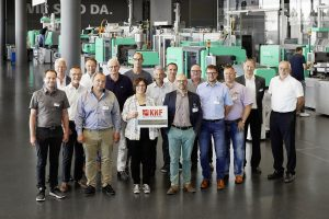 Der Arbeitskreis Produktionseffizienz des Kunstoffnetzwerkes Franken traf sich in Loßburg. (Bildquelle: Arburg)