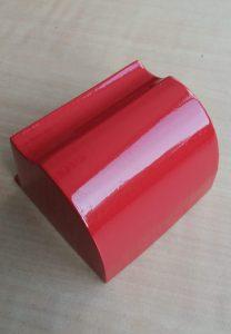 SLS-PA12 Teil mit Spray-Beschichtung (2mal 4 Schichten 2K-Acryllack, nach Lackieren jeweils 1 Minute Nassschleifen, kratzfester Decklack).(Bildquelle: Sirris)