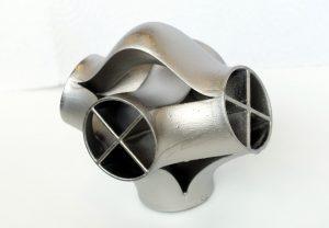 SLS-PA12-Teil lackiert und stromlos mit Nickel beschichtet. (Bildquelle: Fraunhofer IAP)