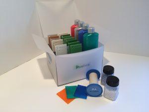 Eine breite Palette an Fibaplast Bio-Masterbatchen zur Einfärbung von PLA, PBS, WPC und TPS sowie Bio-PE, Bio-PP und Bio-PET. (Bildquelle: Finke)