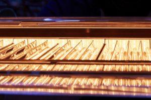Die Kunststoff-, Stahl-, Grafik-, Automobil-, Pharma-, Lebensmittel- und Halbleiterindustrie sowie die Thermische Verfahrenstechnik, 3D-Fertigung und Sinteranwendungen profitieren von dem IR-Verfahren. (Bildquelle: Adphos)