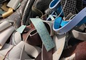 Gesammelte Post-Consumer-PVC-Fußbodenbeläge (Bildquelle: AGPR)