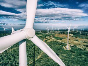 Gemeinsam mit globalen Industriepartnern wurde eine Lösung für eine effiziente Produktion von Rotorblättern für Windkraftanlagen entwickelt. (Bildquelle: Covestro)